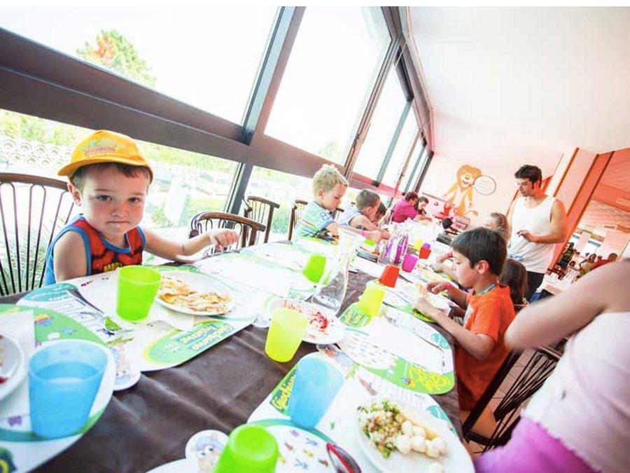 fabilia Family Hotel Savini  - Offerta Prenota Prima l' estate e risparmia fino al 40%