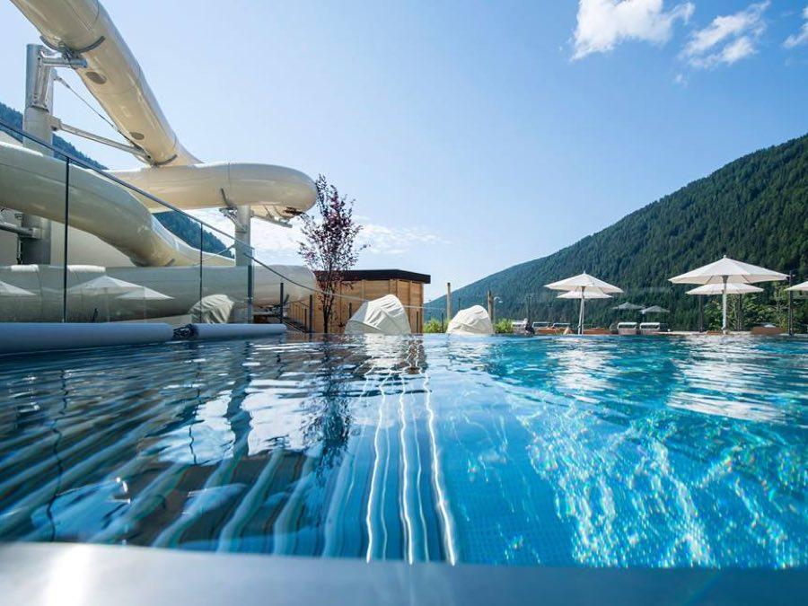 Family hotel huber hotel per bambini in montagna in alto adige - Hotel con piscina riscaldata per bambini ...
