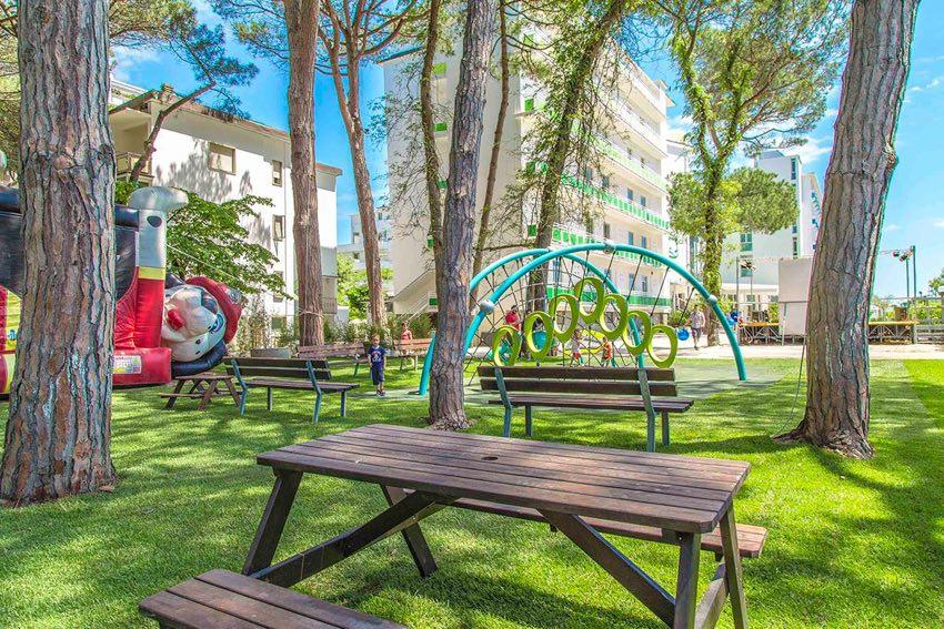 fabilia® Family Resort Milano Marittima - Offerte Pasqua con Mirabilandia o Casa delle farfalle