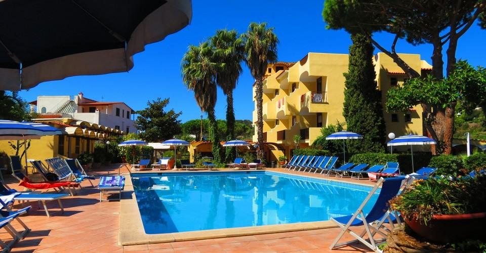 Family SPA Hotel Le Canne- OFFERTA Maggio al mare e bimbi gratis
